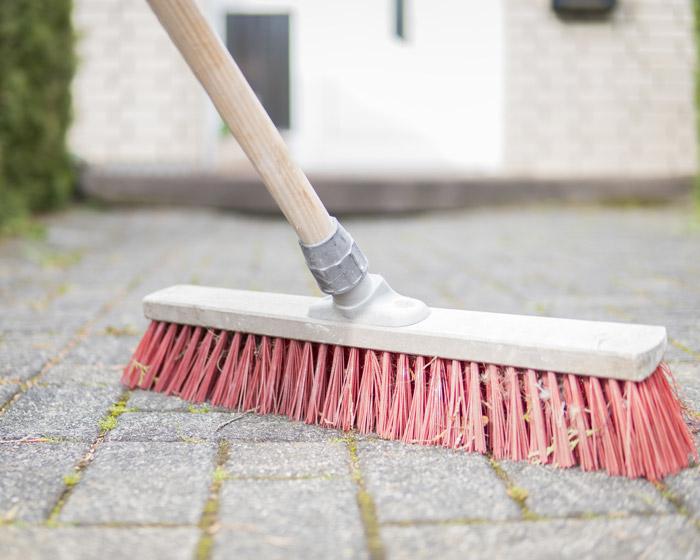 Sweep up litter